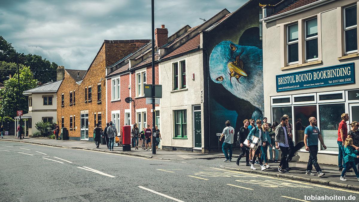 bristol-upfest-festival-street-art-tobias-hoiten-12