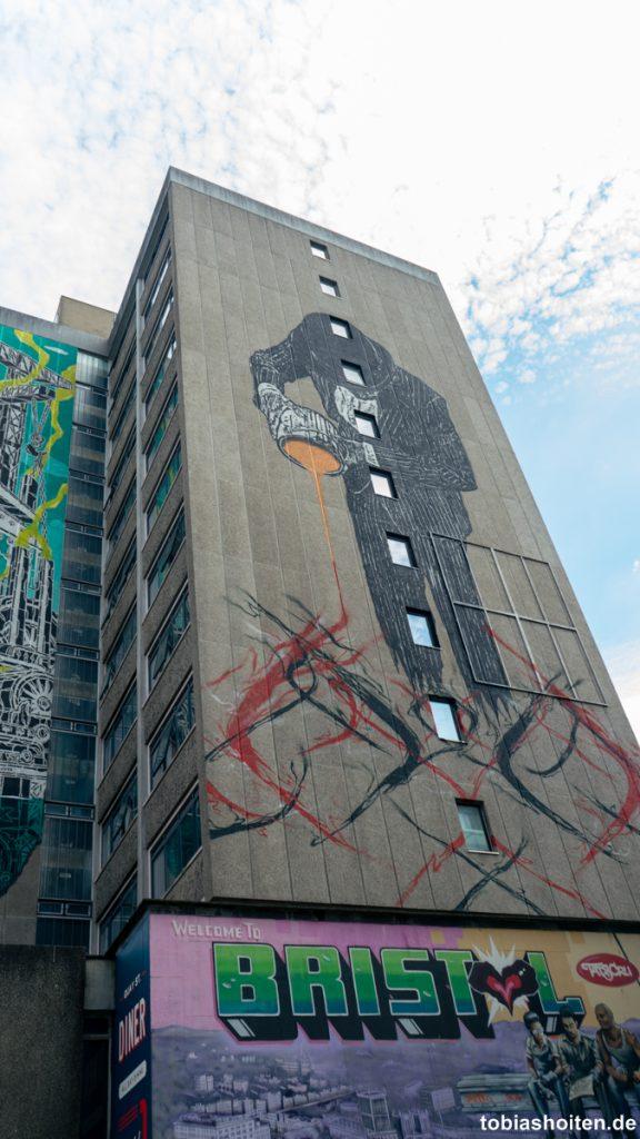 bristol-street-art-nick-walker-tobias-hoiten