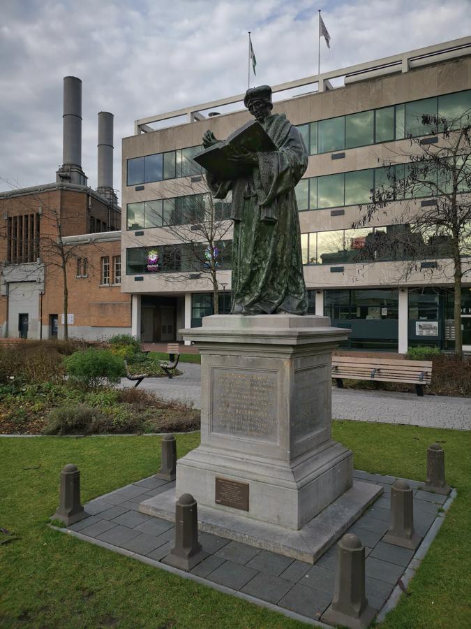 Erasmus Denkmal