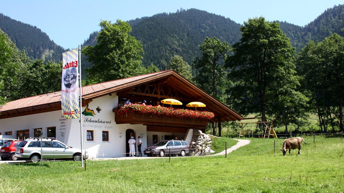 naturpark-amergauer-alpen-handwerk-erleben-unterammergau-tobias-hoiten